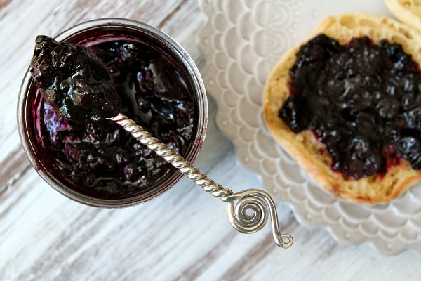 Homemade-Blueberry-Refrigerator-Jam-RecipeGirl.com-7